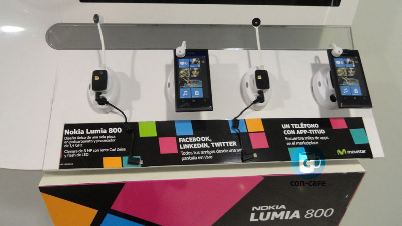 Nokia-Lumia-800-Movistar-1-2